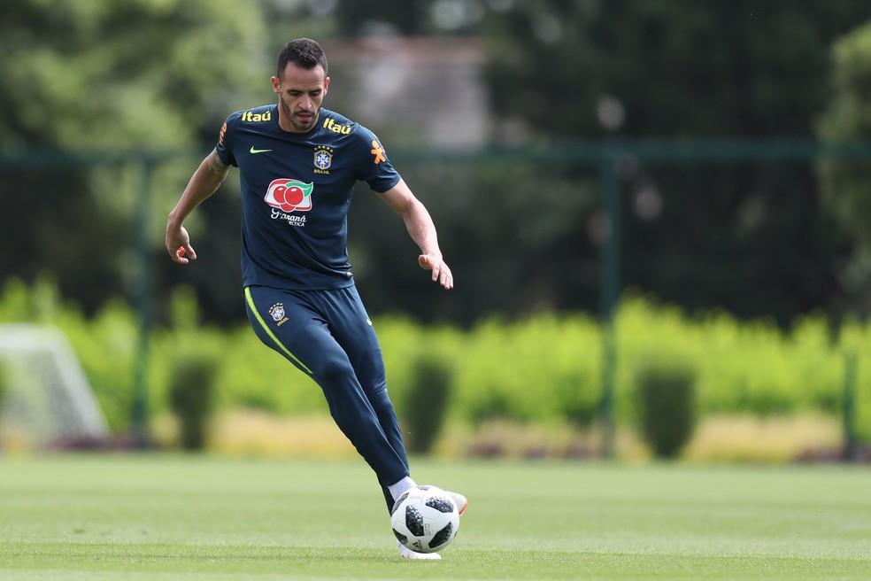 Renato Augusto no treino da Seleção, o último em Londres (Foto: Lucas Figueiredo/CBF)