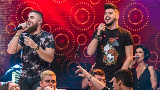 Zé Neto e Cristiano revelam seus verdadeiros nomes no 'Altas Horas'