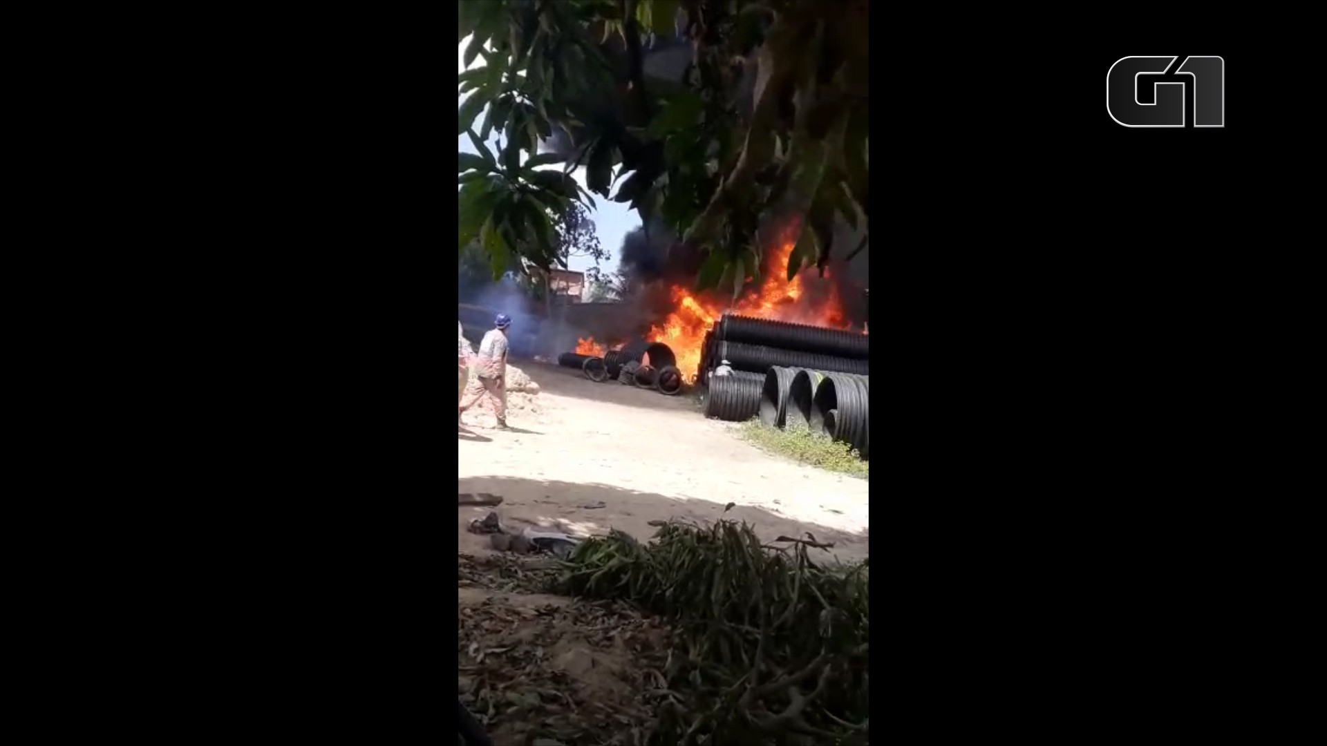 Incêndio atinge depósito de construtora em São Luís; VÍDEO