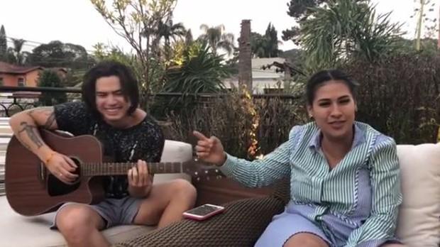 Whindersson Nunes e Simone (Foto: Reprodução/Instagram)