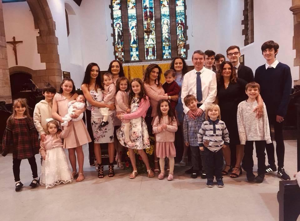 Família Radford (Foto: Reprodução Facebook)