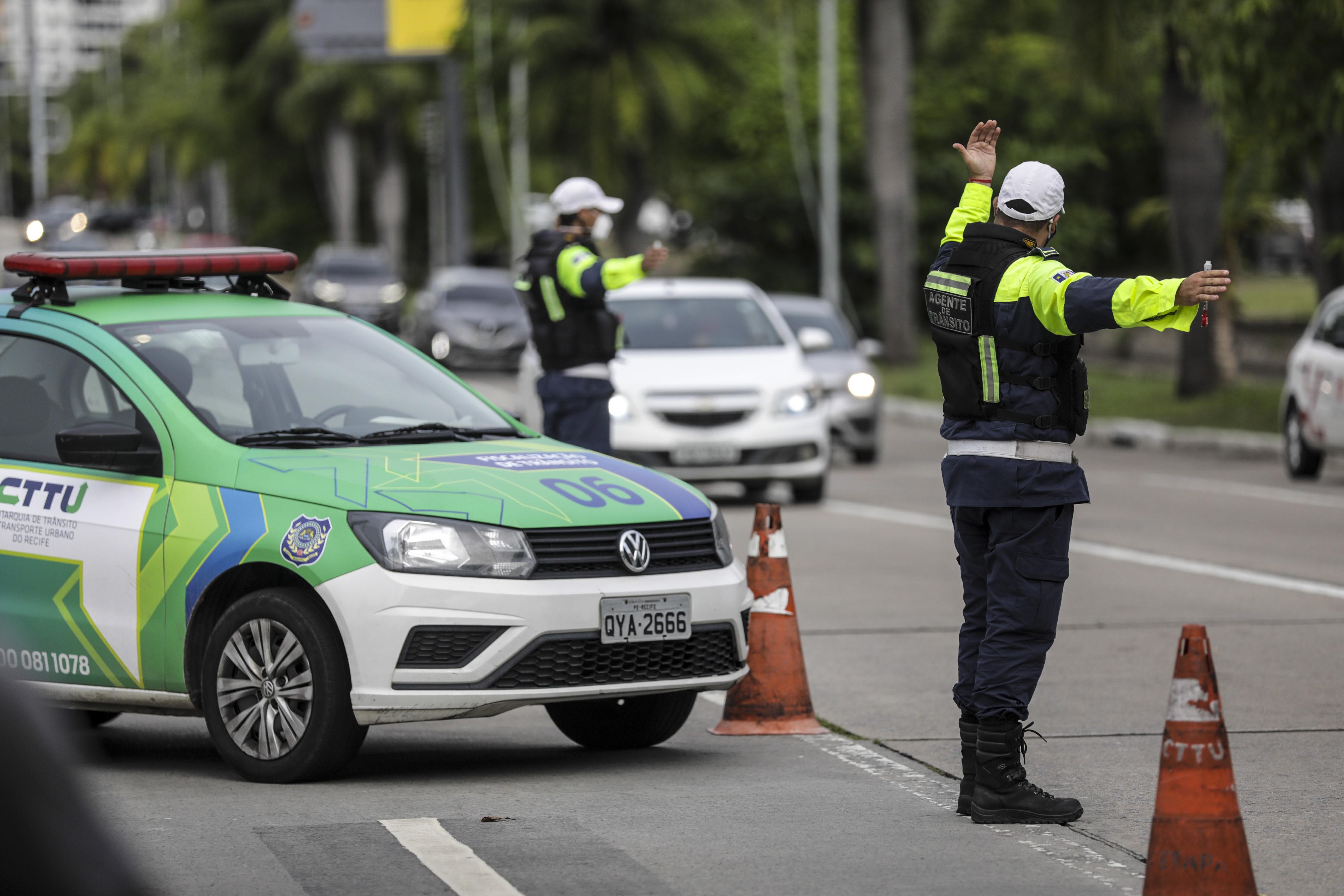 Pedestres são principais vítimas de acidentes de trânsito com mortes no Recife, diz relatório da CTTU