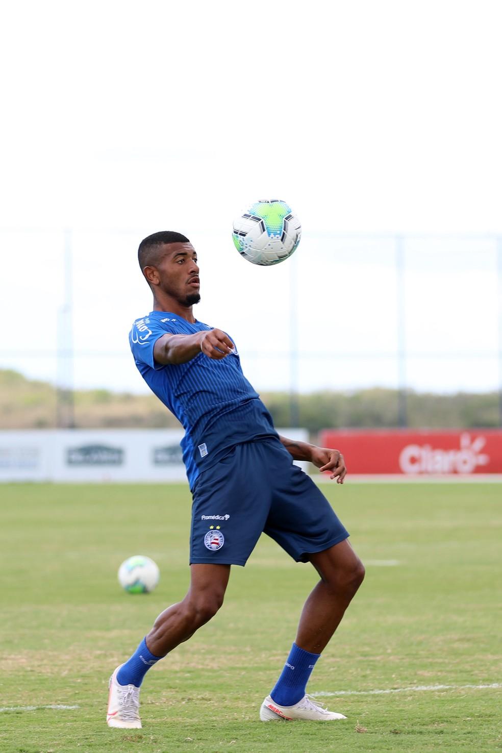 Thiago em treino do Bahia — Foto: Felipe Oliveira / EC Bahia / Divulgação