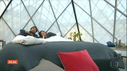 Promoção seleciona pessoas para passar uma noite exclusiva no Louvre em Paris
