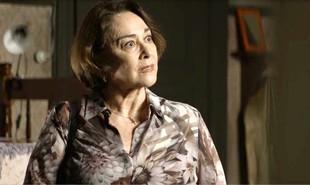 Na segunda-feira (21), depois de descobrir os crimes de Josiane (Agatha Moreira),  Evelina (Nívea Maria) vai acobertar a neta | Reprodução