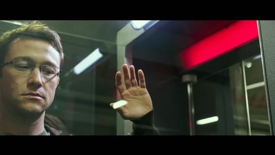 """Chega aos cinemas """"Snowden"""", que conta a história de ex-funcionário da CIA"""
