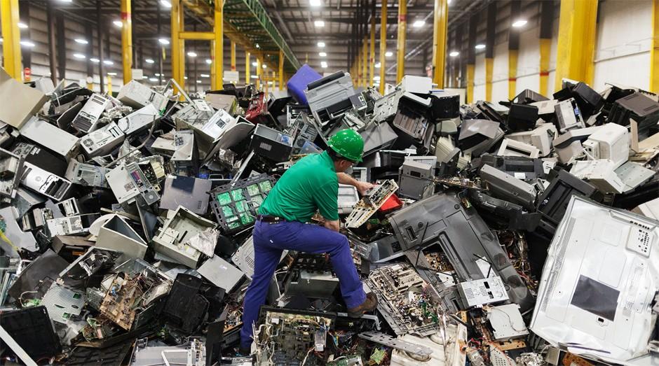 Sucata: empresários do setor não conseguem transportar cargas (Foto: Reprodução)