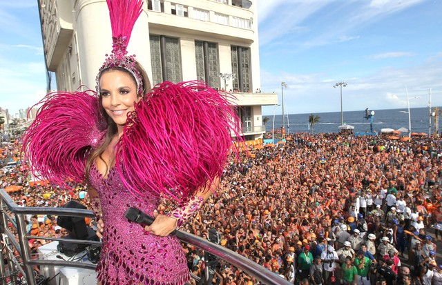Ivete Sangalo no Carnaval de Salvador em 2015 (Foto: Getty Images)