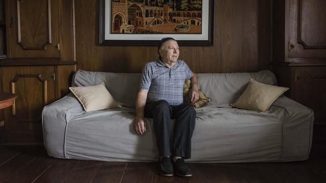 """""""A migalha de pão significava a vida ou a morte"""", diz Strul (Foto: Gui Christ/BBC Brasil)"""