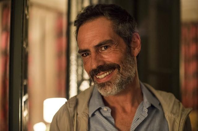 Felipe Duarte é Gabo em 'Amor de mãe' (Foto: Reprodução)