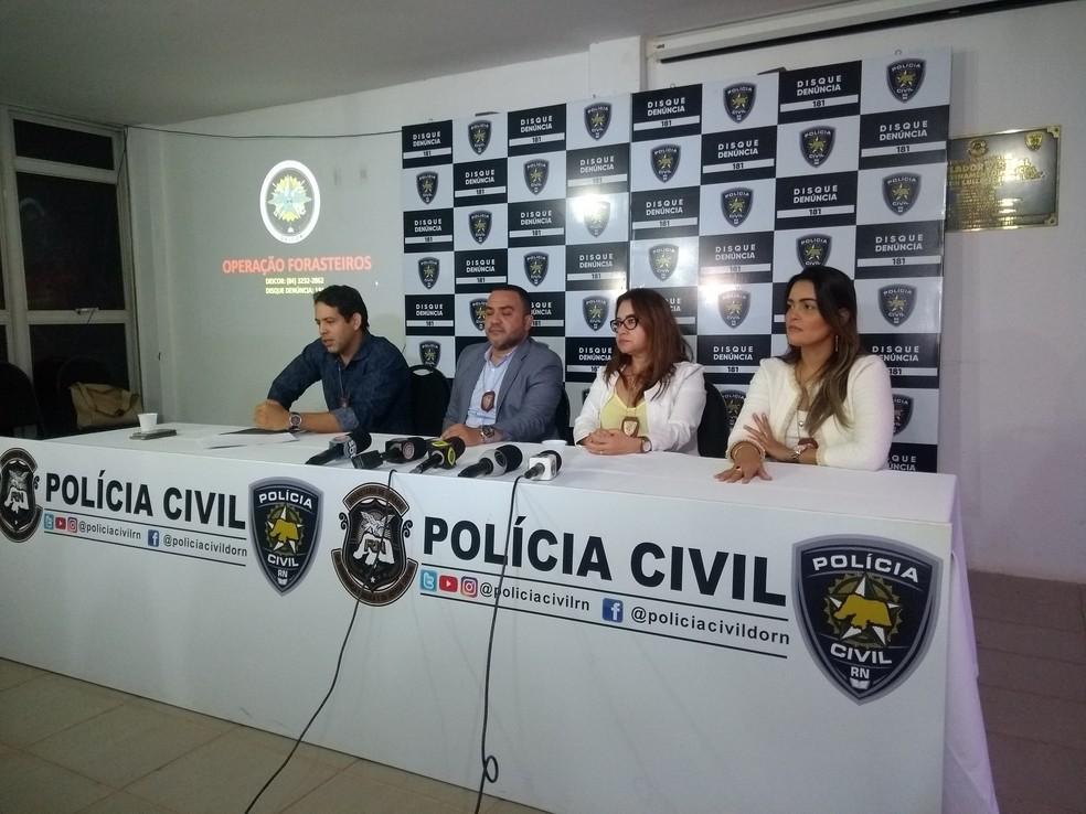 Polícia Civil detalhou em coletiva prisão e investigação de quadrilha que roubou mais de R$ 2,8 milhões de bancos no RN — Foto: Acson Freitas/Inter TV Cabugi