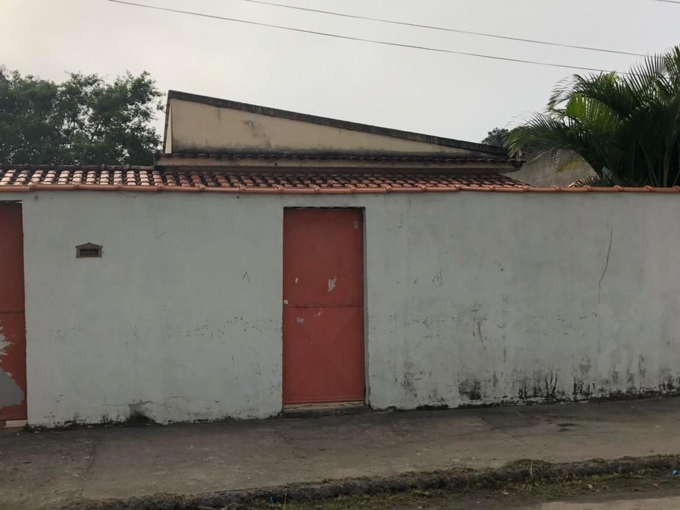 Subsecretário de saúde de Itatiaia, RJ, foi morto a tiros perto de casa (Foto: Anderson Sobrinho/TV Rio Sul)
