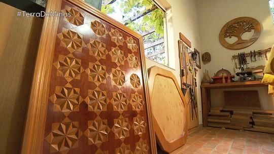 Artista faz trabalhos geométricos em madeira