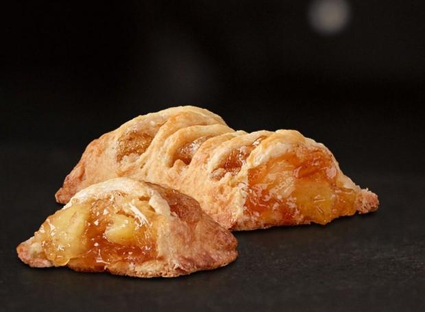 As novas tortas de maçã são feitas com menos ingredientes e tem um visual diferente do antigo (Foto: McDonald's)
