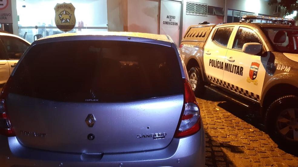 Os dois bandidos têm passagens pela polícia — Foto: Sérgio Henrique Santos/Inter TV Cabugi