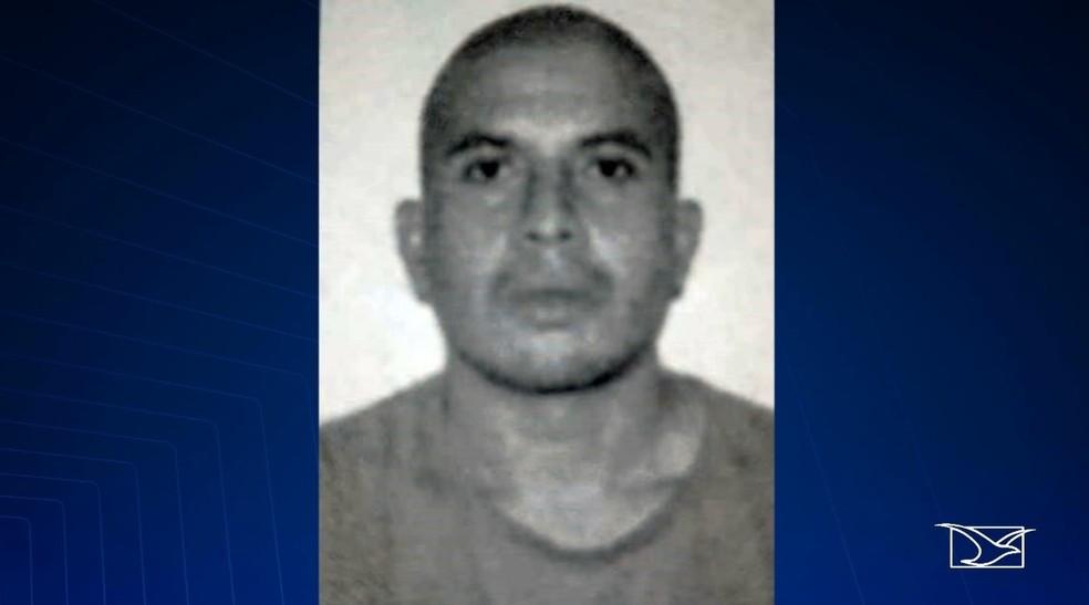Raimundo Nonato confessou ter assassinado e esquartejado Edson Carlos Conceição Rodrigues, de 32 anos.  — Foto: Reprodução/ TV Mirante
