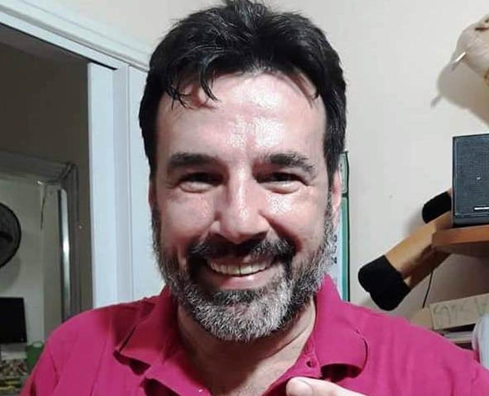 Paulo Della Rosa, de 55 anos, foi encontrado morto em área de mata em São Vicente, SP — Foto: Arquivo Pessoal