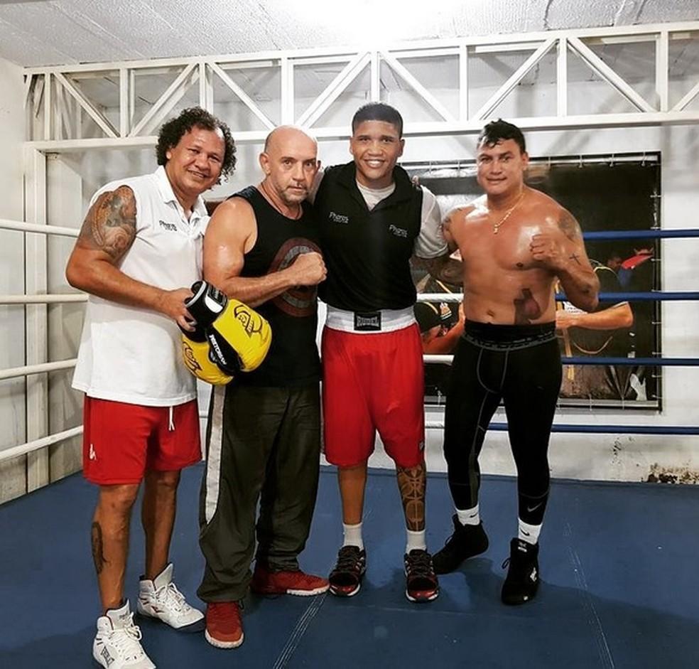 Popó em treinamentos para a luta contra El Rey Martinez (Foto: Reprodução Instagram)