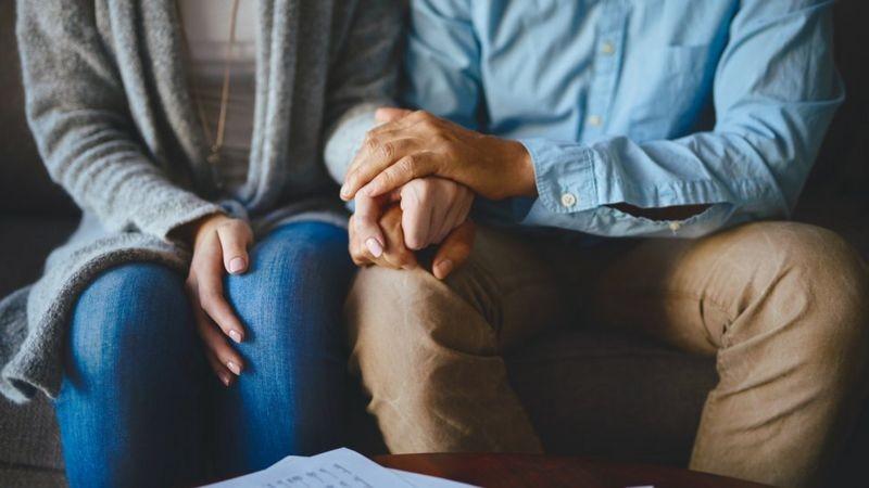 Os fatores que predizem relacionamentos de sucesso (e por que o amor não é um deles)