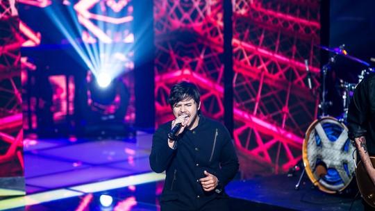 Choro de Claudia Leitte e voz de Renato Vianna são os destaques do 'The Voice Brasil'