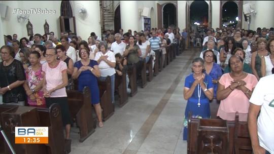 Missa e procissão reúnem milhares de devotos em Feira de Santana