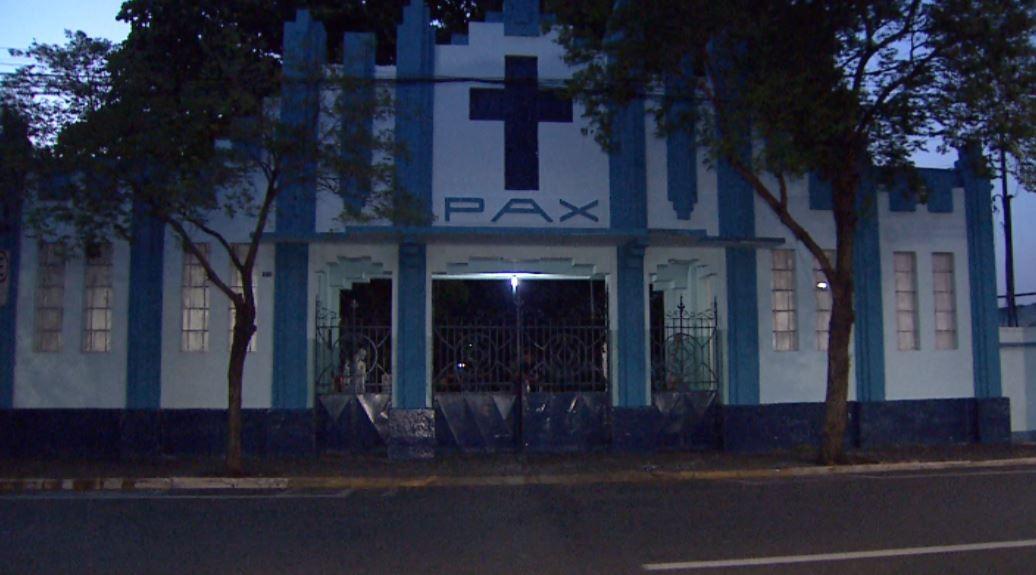 Funcionários relatam roubo de 5 armas de cemitério após vigia ser rendida em Ribeirão Preto, SP - Notícias - Plantão Diário
