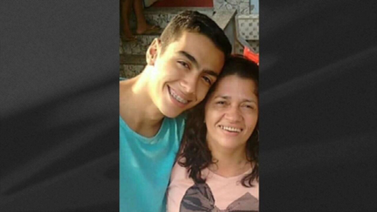 'Minha família está destruída', diz mãe de jovem vítima de bala perdida no Catumbi