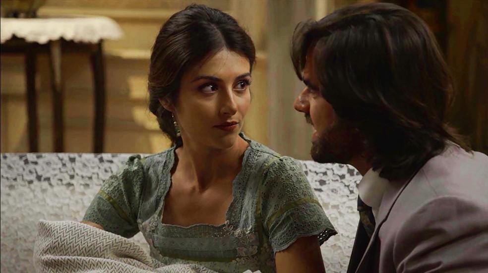 Cecília está decidida a descobrir de onde a criança vem (Foto: TV Globo)