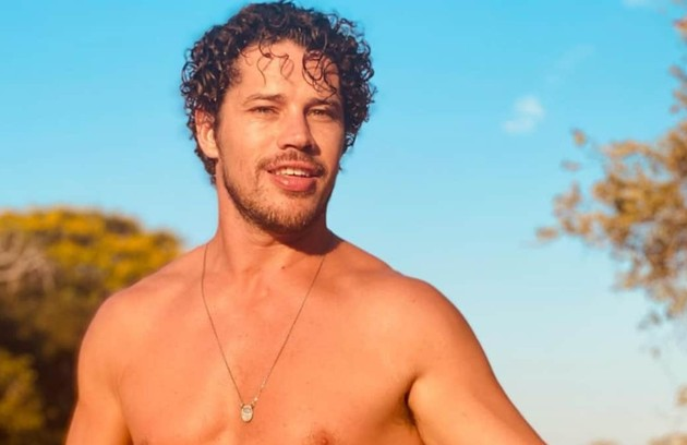 José Loreto, que viverá o personagem Tadeu (interpretado por Marcos Palmeira na primeira versão), já fez uma viagem para o Pantanal e voltará em breve para iniciar os trabalhos por lá (Foto: Reprodução)