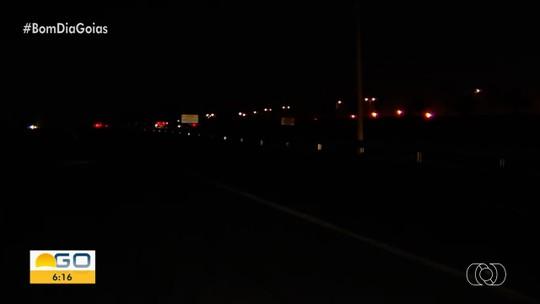 GO-070 está sem iluminação em um dos trechos