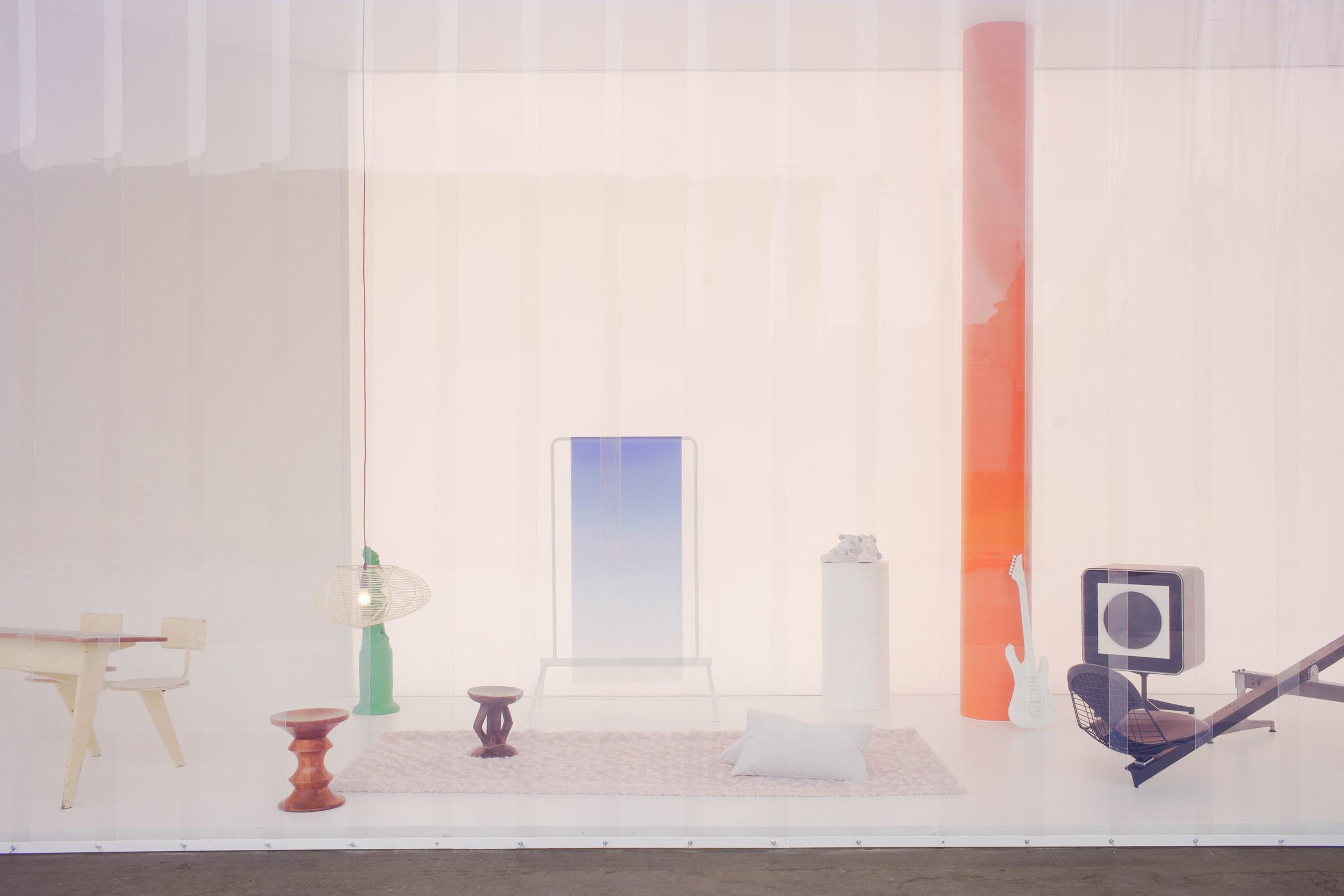 Virgil Abloh cria casa do futuro em instalação que reinventa clássicos do design (Foto: Reprodução)