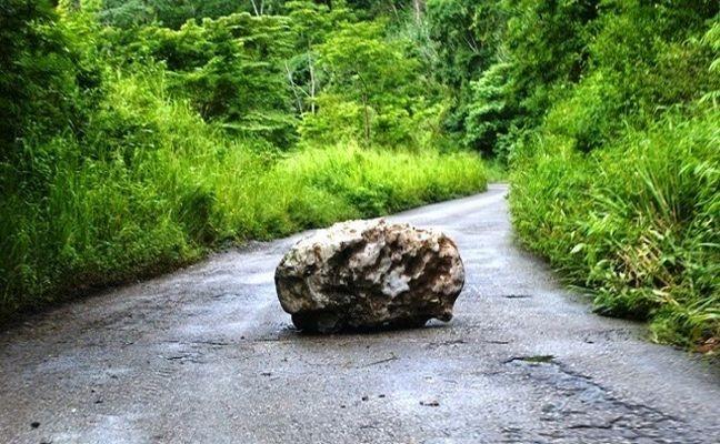 Pedra, caminho (Foto: Arquivo Google)