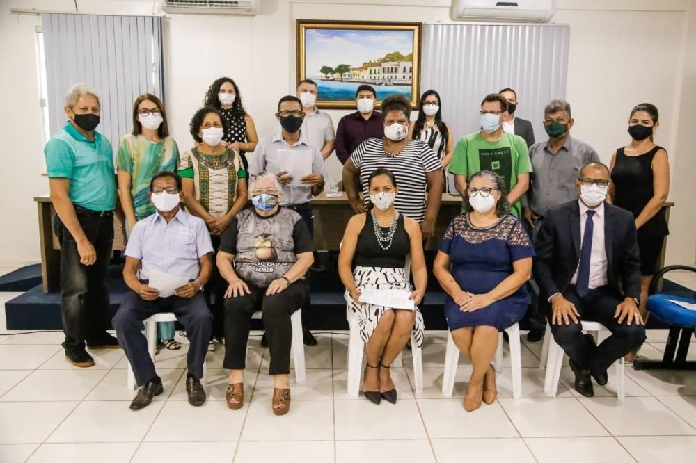 Novos membros do Conselho dos Direitos da Pessoa Idosa são empossados em Santarém