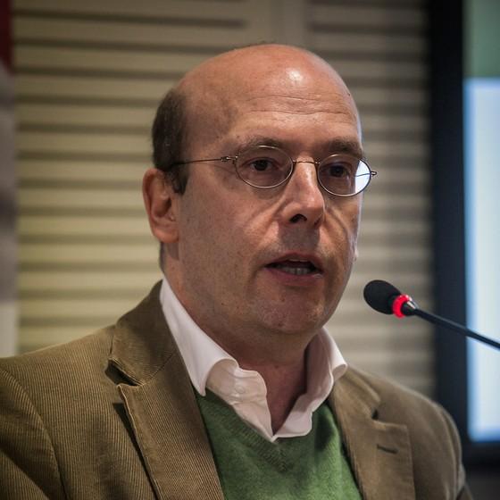 Sergio Fausto diz que faz falta ao Brasil uma direita democrática e civilizada (Foto: BRUNO SANTOS / AGÊNCIA O GLOBO)