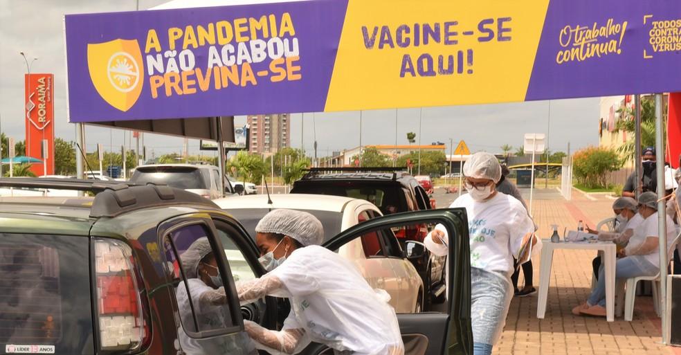 Vacinação em Boa Vista é feita por meio do sistema drive-thru — Foto: Prefeitura de Boa Vista/Divulgação