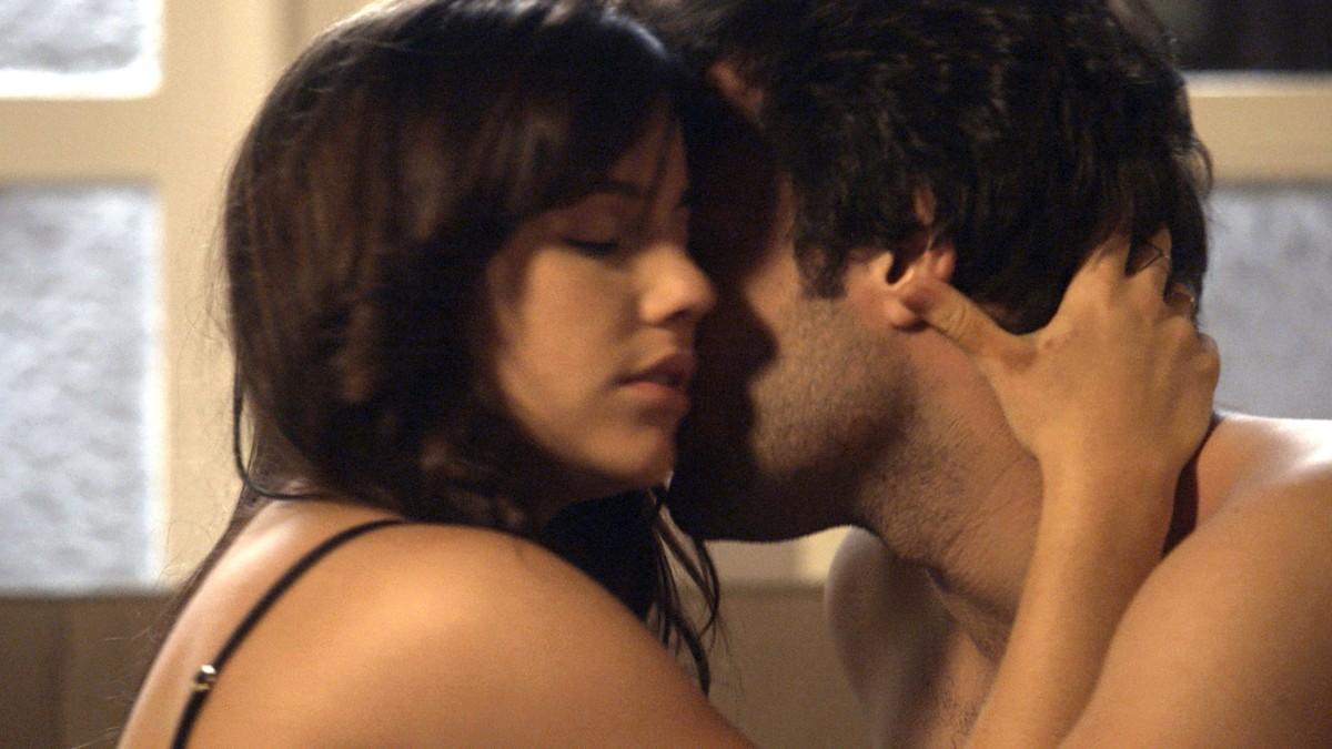Cenapop · Em A Lei do Amor, Tiago e Marina transam na mesa
