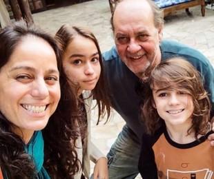Claudia Mauro com Paulo Cesar Grande e os filhos   Reprodução/Instagram