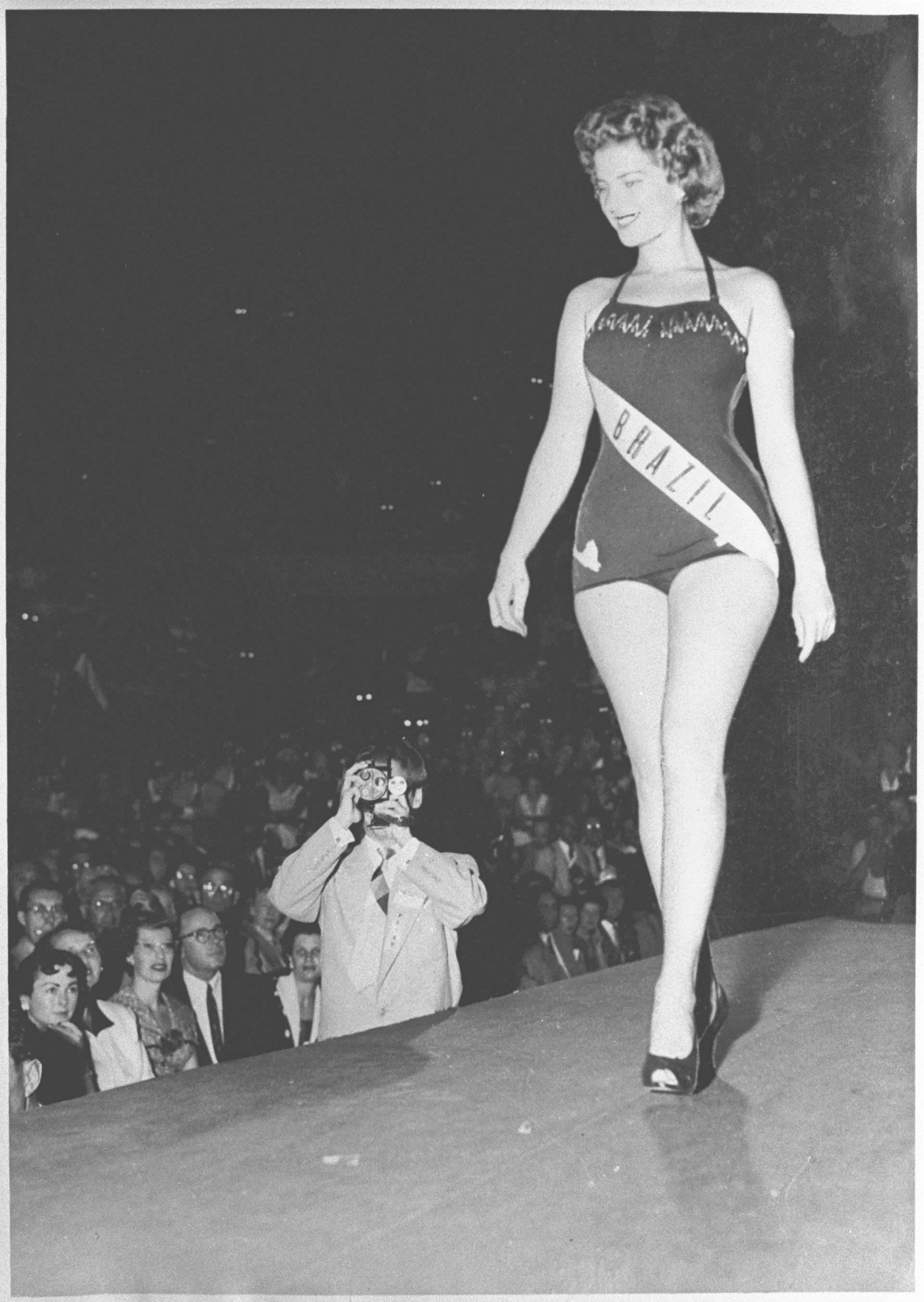 Marta Rocha em 1954