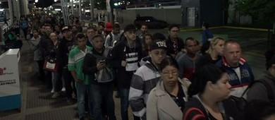 SP: paralisação afeta circulação de ônibus; pontos estão lotados (Reprodução/TV Globo)