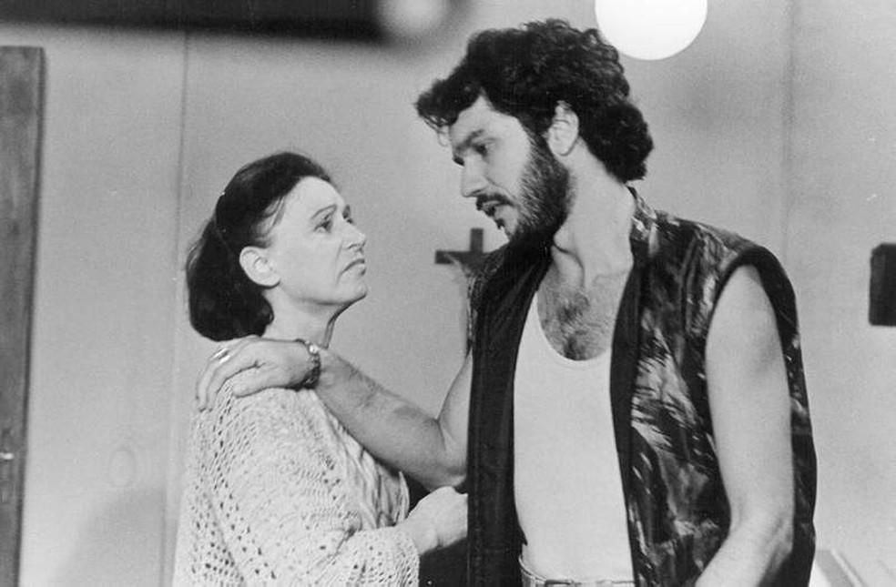 Na novela 'Barriga de Aluguel', a atriz contracenou com Humberto Martins — Foto: Acervo TV Globo