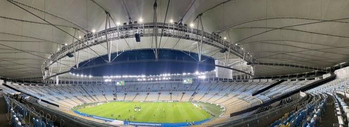 Governo do RJ autoriza volta do público aos estádios de futebol