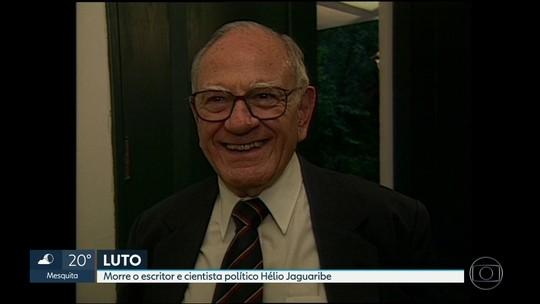 Morre o escritor e cientista político Hélio Jaguaribe