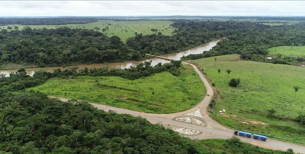 Ponte liga Alto Paraíso a Ariquemes — Foto: Rede Amazônica/Reprodução