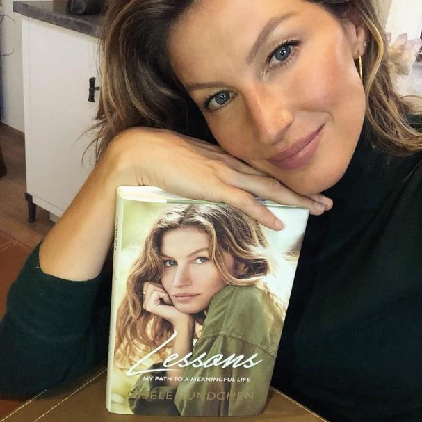 Gisele lança novo livro (Foto: Instagram/Reprodução)