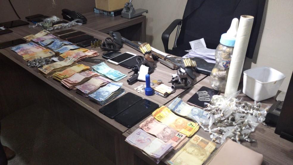 """Operação """"Tapa Buraco"""" deflagrada na cidade de Assú — Foto: Hugo Andrade/ Intertv Costa Branca"""