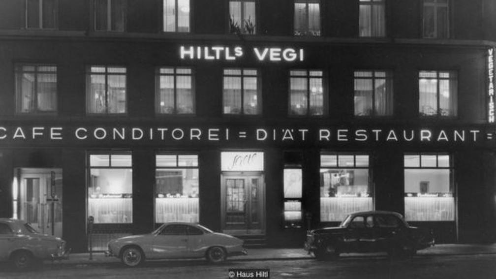 O Haus Hiltl passou por dificuldades financeiras nos primeiros anos, apesar do crescente interesse do povo suíço por uma vida mais saudável — Foto: Divulgação/Haus Hiltl