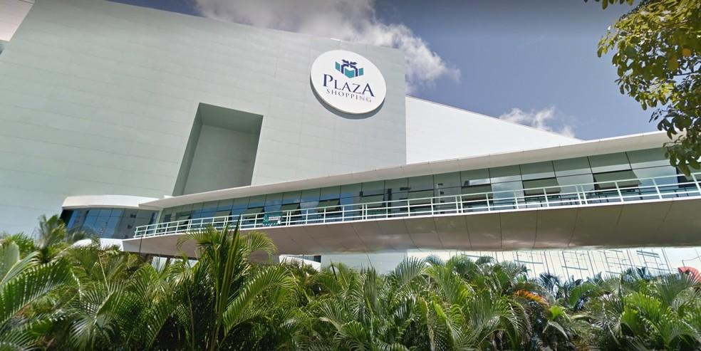 Plaza Shopping fica na Zona Norte do Recife — Foto: Reprodução/Google Street View
