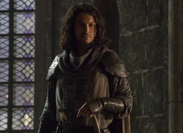 Afonso (Romulo Estrela) vai afirmar que não tem interesse em ocupar trono de reino (Foto: Divulgação/TV Globo)