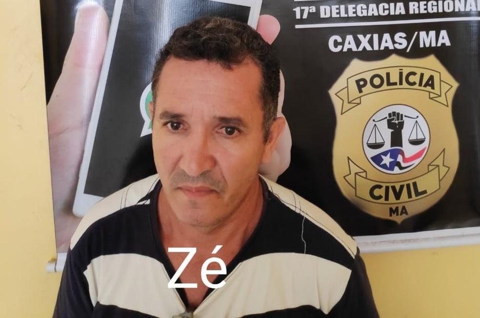José Francisco Nunes da Silva, o 'Zé', foi levado para a Delegacia de Caxias por ser proprietário da fábrica clandestina de remédios — Foto: Divulgação/Polícia Civil