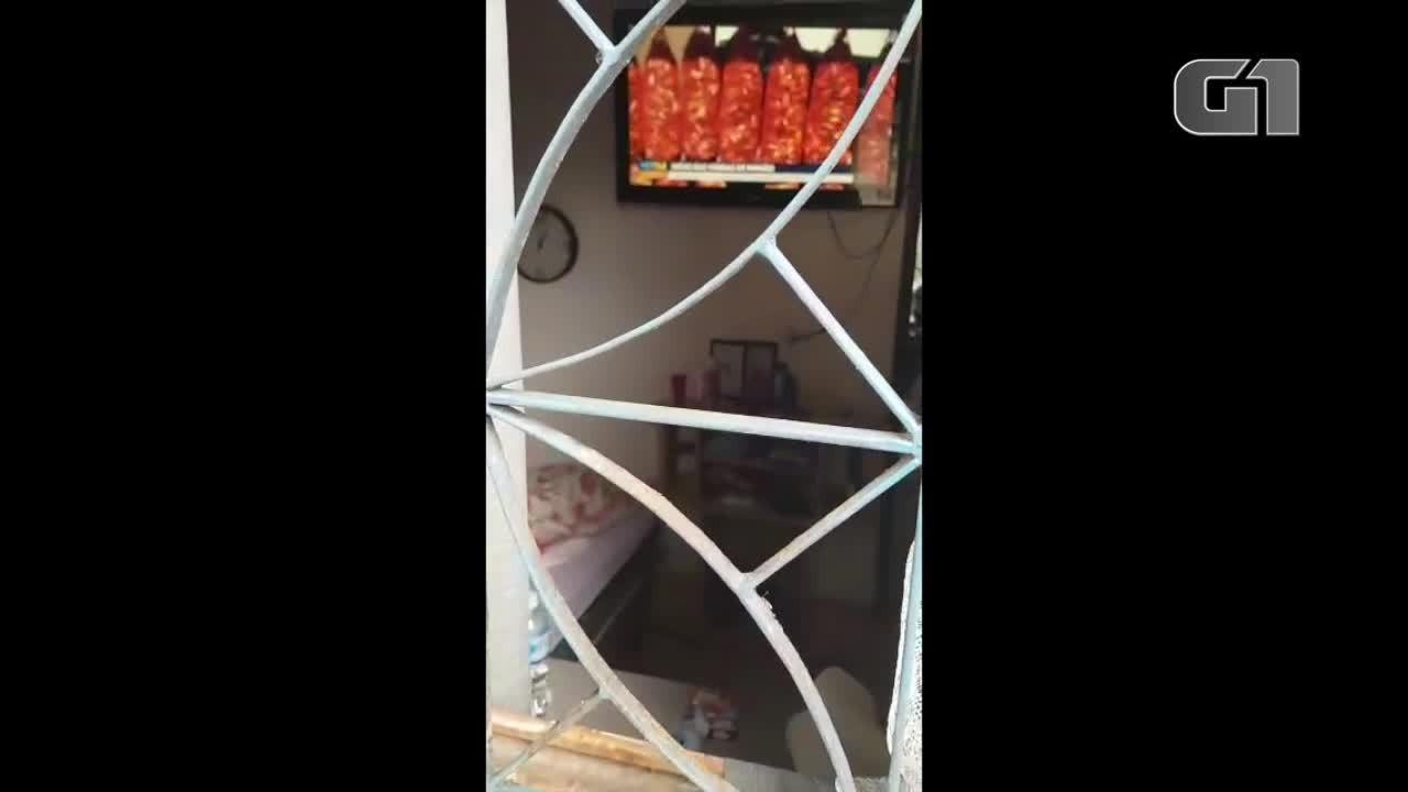 Idosa é encontrada trancada em casa em Araucária e Polícia Civil investiga abandono